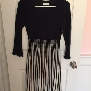 Calvin Klein - Size M Sweater Dress